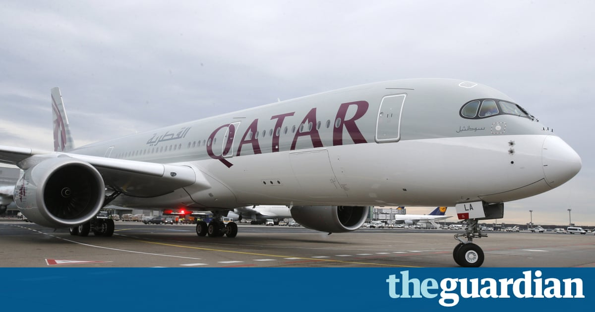 Qatar Airways plane forced to land after wife discovers husband's affair midflight – Trending Stuff