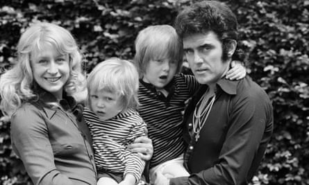 Fenton with his father, Alvin Stardust, mother, Iris, and younger brother, Adam.