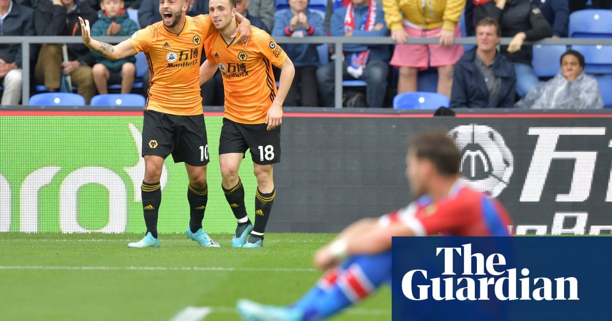 Diogo Jota's injury-time equaliser earns winless Wolves a point at Palace