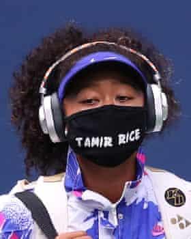 Naomi Osaka wearing a mask commemorating Tamir Rice