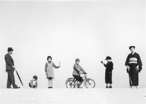 Papa to Mama to Kodomo-tachi by Shōji Ueda (1949)