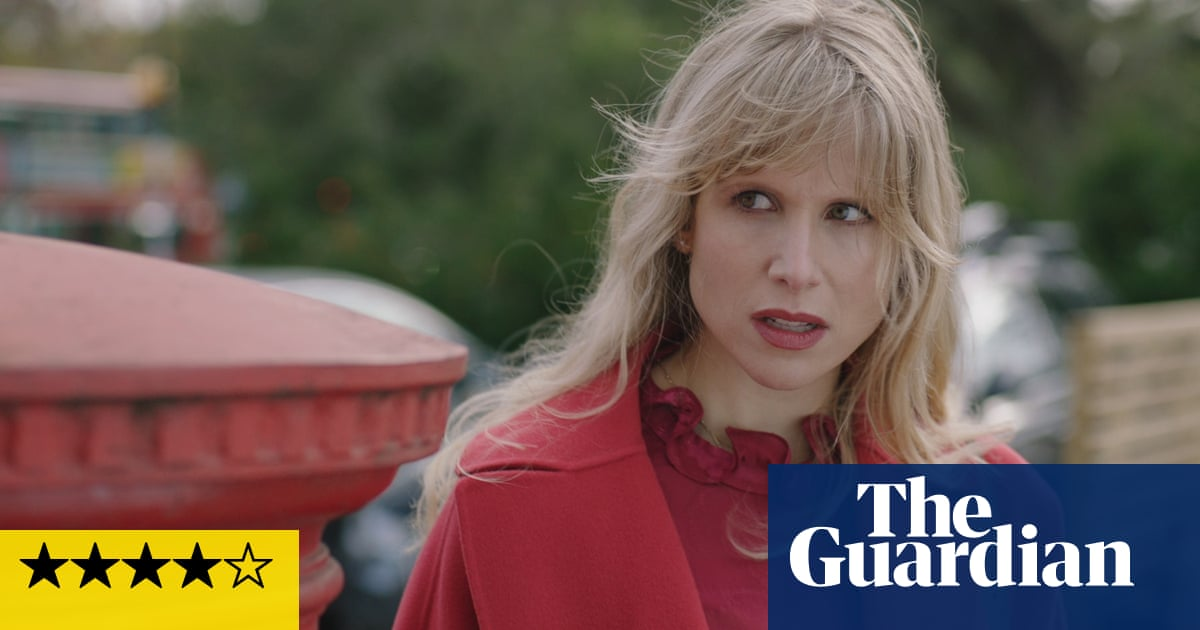 Motherland series three review: immature, nit-ridden – and that's just the parents