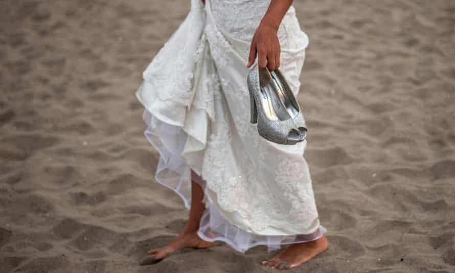 Wedding on beach in Peru