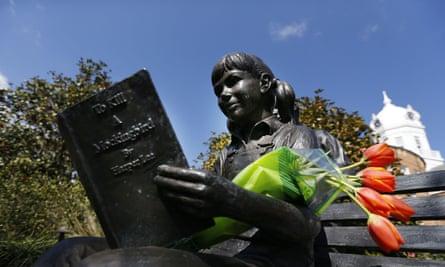 Harper Lee statue