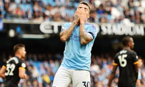Nicolás Otamendi has been left badly exposed in central defence for Manchester City in recent matches.