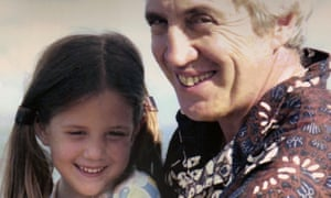 Ariana Neumann as a child with her father.