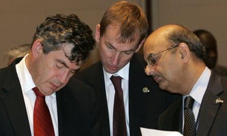 Gordon Brown, Tom Scholar and Shailendra Anjaria of the IMF