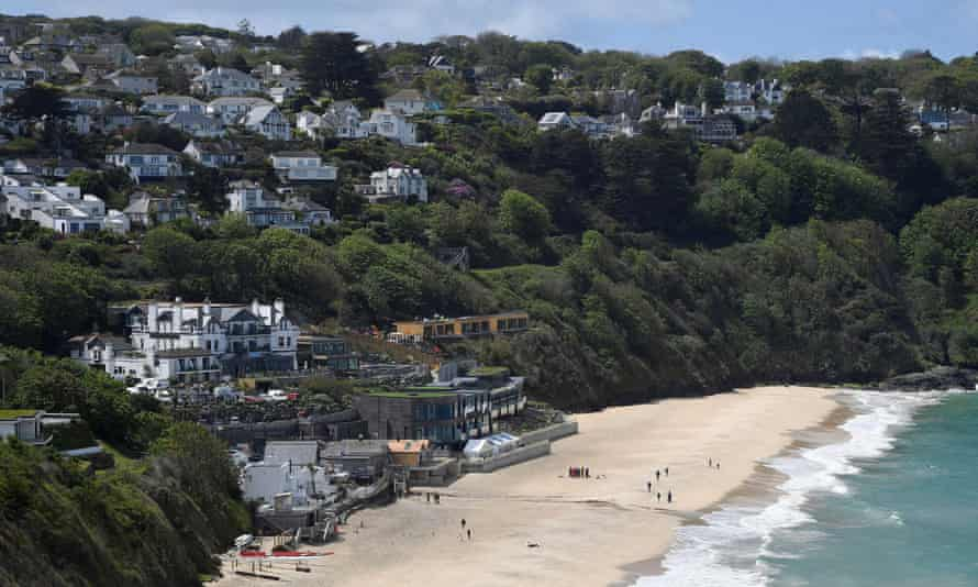 The Carbis Bay hotel and beach