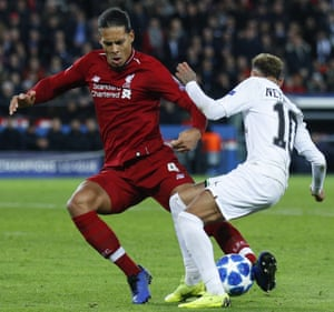 Liverpool defender Virgil Van Dijk gets the ball.