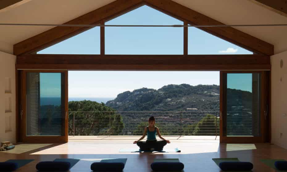 Destination Yoga retreat at Pi Blau, Spain