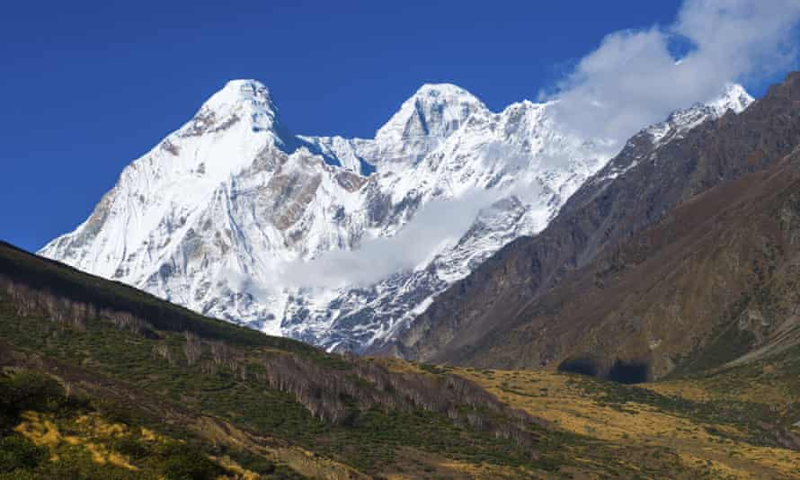 The twin peaks of Nanda Devi