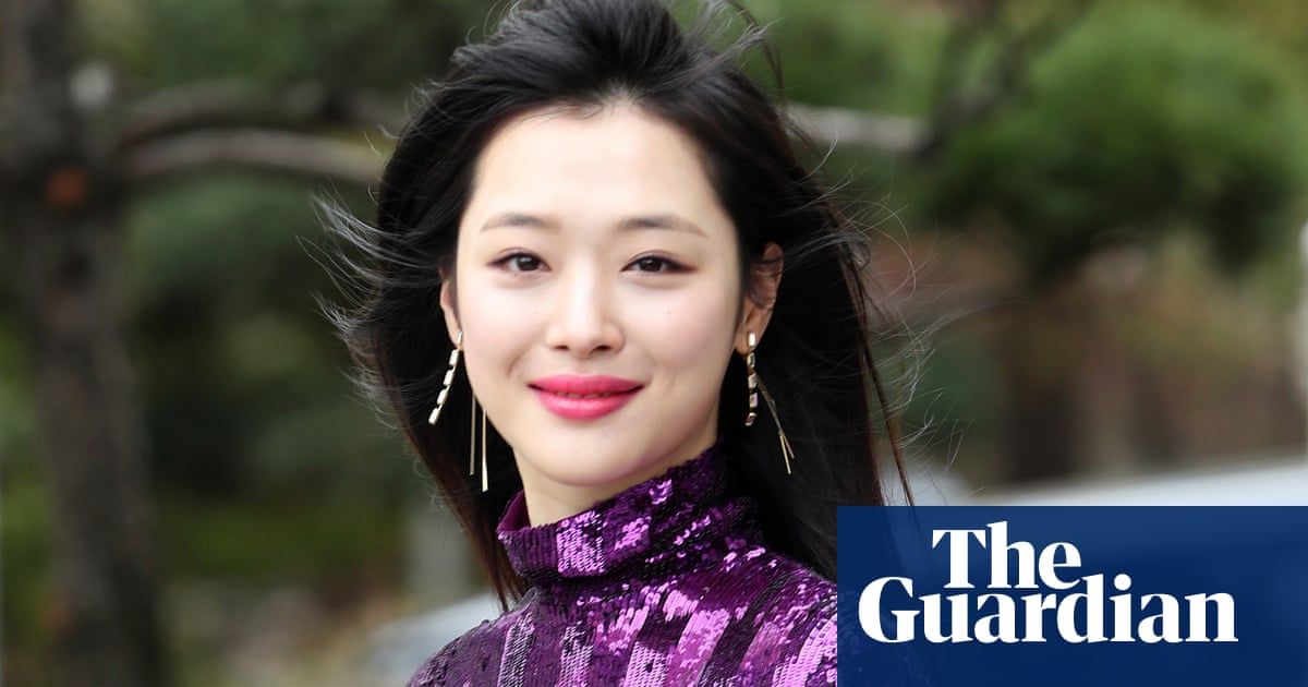 Sulli, K-pop star and former f(x) member, found dead aged 25 | Music | The Guardian