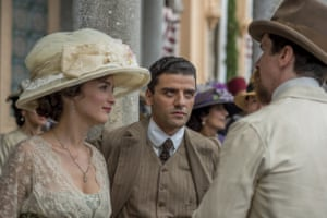 Oscar Isaac (centre) with Charlotte Le Bon and Christian Bale in The Promise.