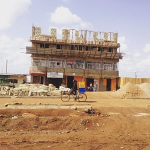 Building works on the road from Iten to Eldoret, Kenya