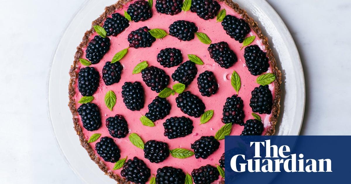 How to make lemon posset tart using stale biscuits – recipe