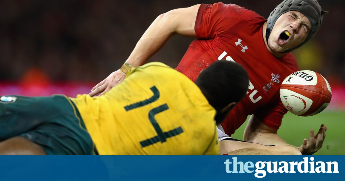 Wales centre Jonathan Davies sidelined for six months with foot injury