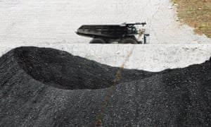Tri-Star, a Texas coal company, holds 23 thermal coal exploration licences, covering about 10% of the 15,000 sq km Pedirka basin south of Alice Springs.