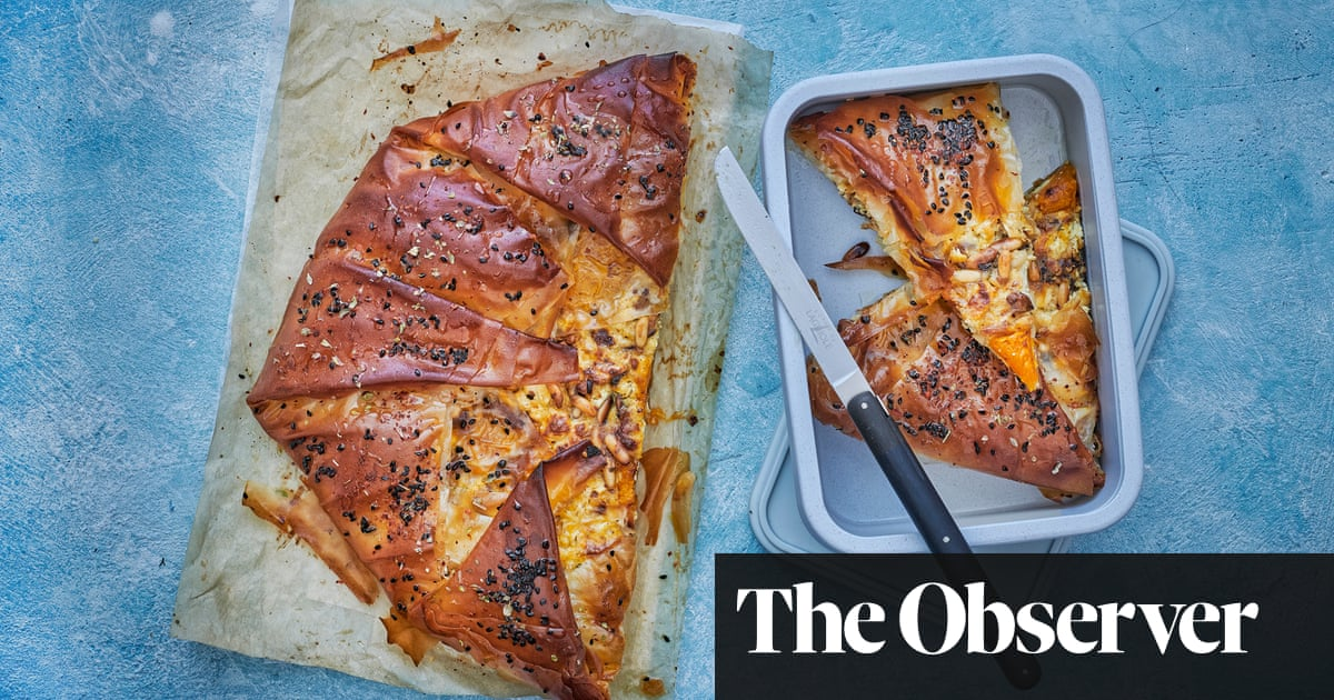 Spiced pumpkin filo pie and a cheese-stuffed loaf: 20 best packed lunch recipes – part 2 | Food | The Guardian