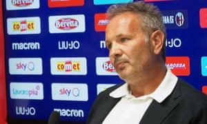 Sinisa Mihajlovic has told a press conference in Bologna that he will begin treatment for leukaemia next week.