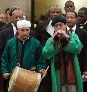 Bachir Attar (right)