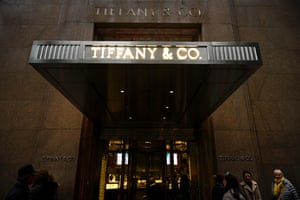 The headquarters of luxury jewelry and specialty retailer Tiffany & Co on 5th Avenue in Manhattan.