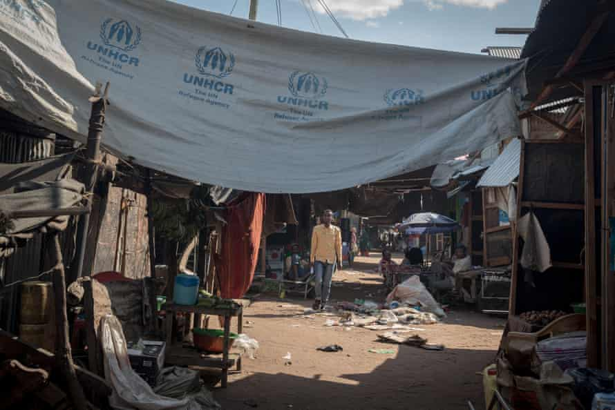 A market in the Dadaab refugee camp, which Kenya has demanded the UNHCR shut down.