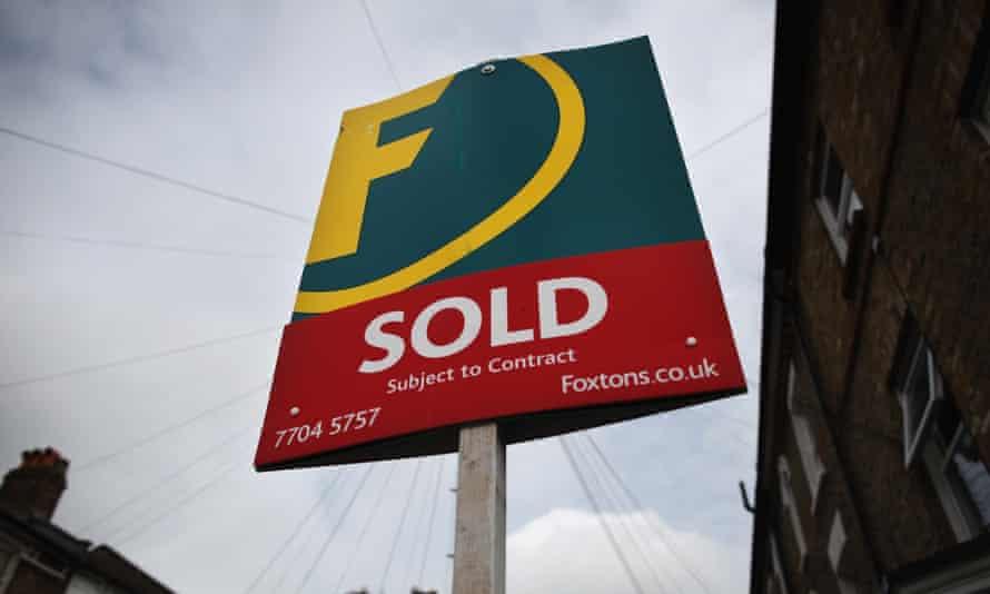 Immobilienmakler Foxton Unterschrift