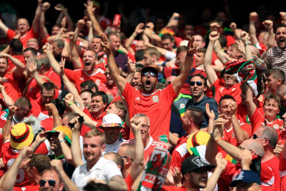 Wales fans celebrate their first goal against Slovakia at Euro 2016, scored by Gareth Bale