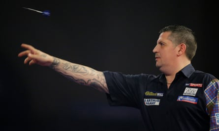 'We're no superstars' … Gary Anderson in action.