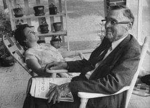 Harper Lee with her lawyer father Amasa Coleman Lee at home in Alabama in 1961.