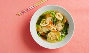 Fuchsia Dunlop's Hangzhou wontons in soup.