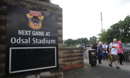 The RFL have set a Monday deadline for offers for Bradford Bulls