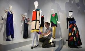 Cocktail dress (C) designed in homage to the artist Piet Mondrian.