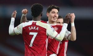Bellerin celebrates scoring Arsenal's third goal with Bukayo Saka