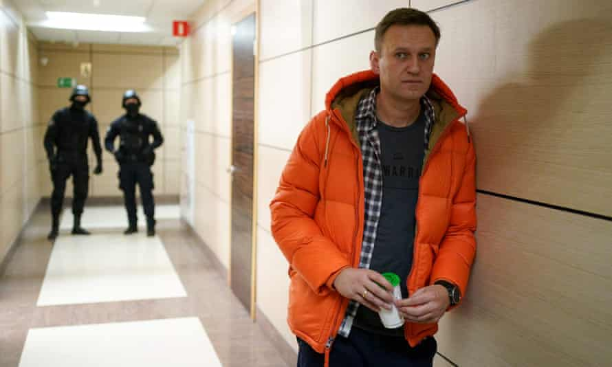 Russian opposition leader Alexei Navalny must choose between exile and jail if he returns to the country.