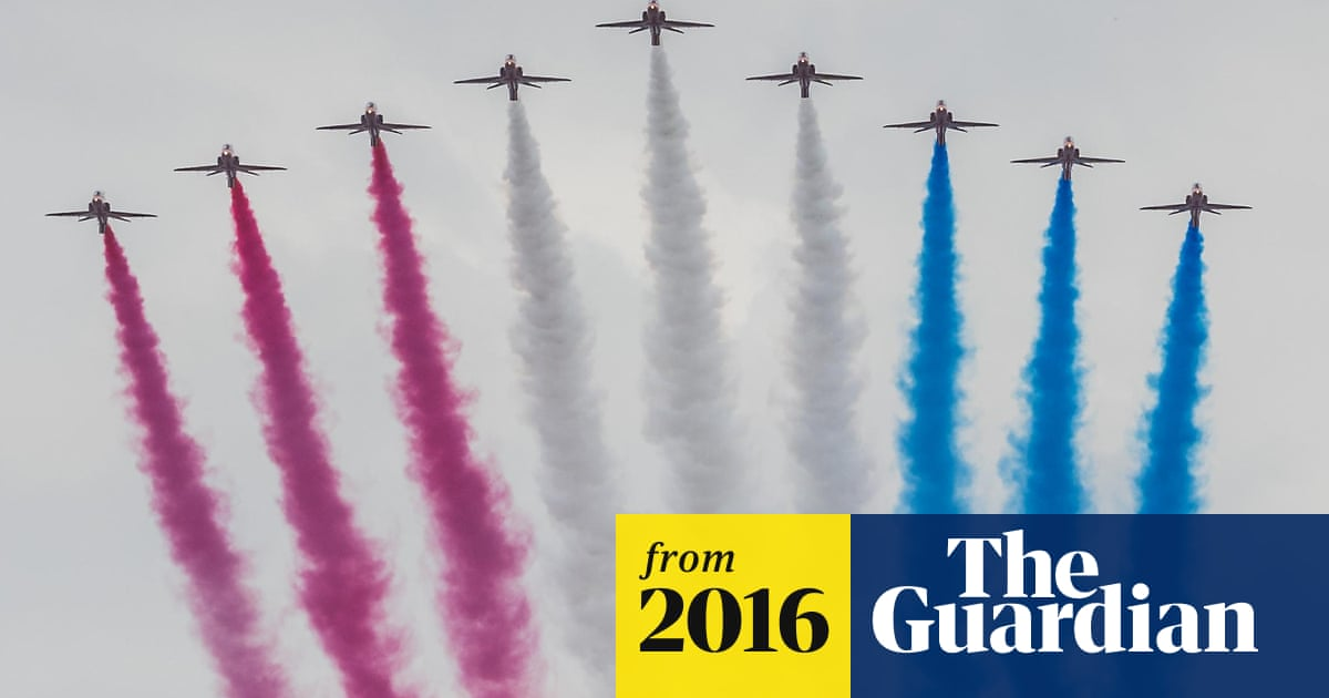 Red Arrows to avoid stunts at Farnborough airshow after
