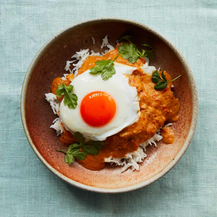 Thomasina Miers' poached eggs with tamarind and coconut sauce