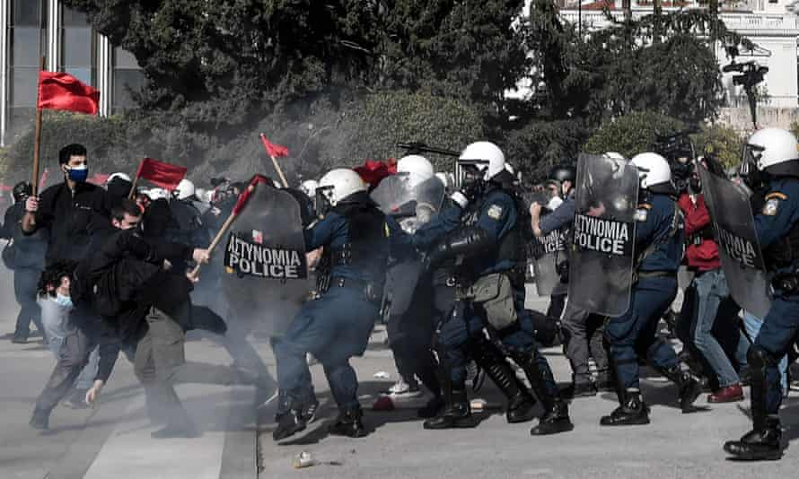 Students clash with riot police in Athens