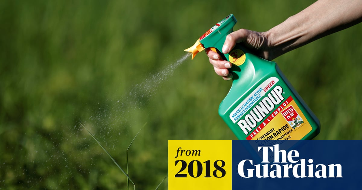 Weedkiller products more toxic than their active ingredient, tests show