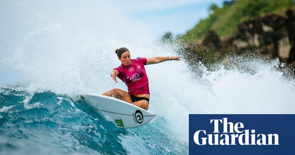 Shark attack halts World Surf League season opener in Hawaii