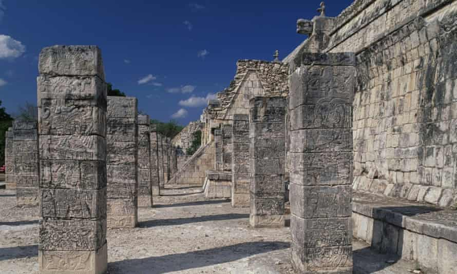 The Temple of Warriors, Chichén Itzá, Yucatán.