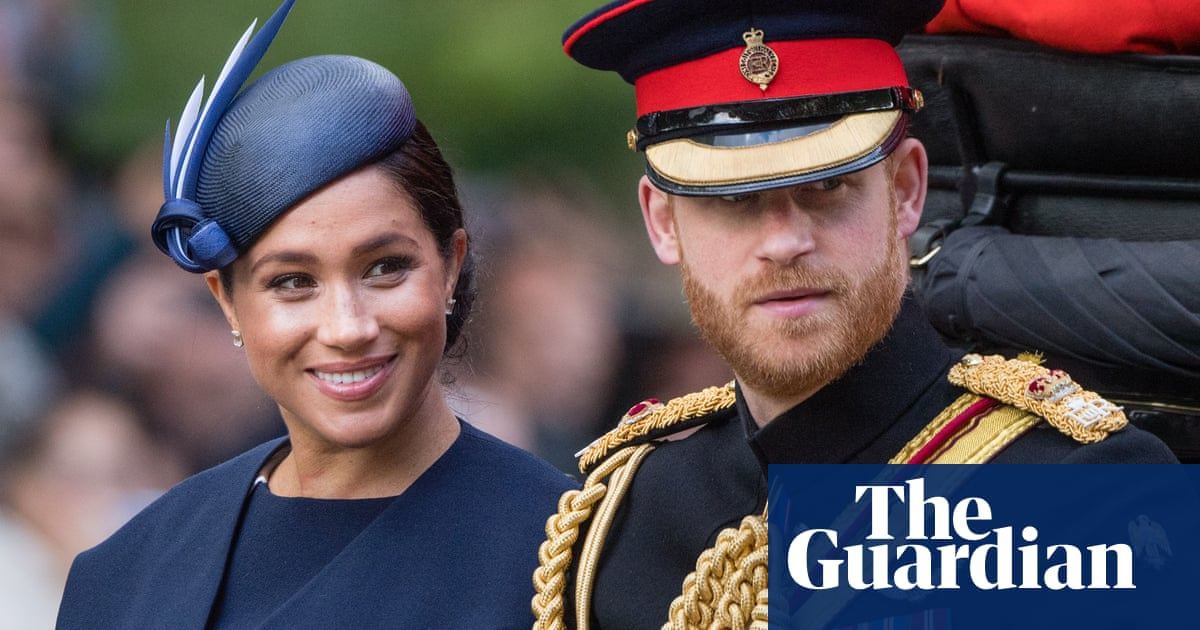 BBC apologises to Prince Harry over 'race traitor'image