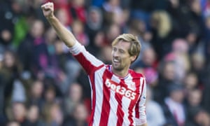 Peter Crouch of Stoke City makes it 2-2.