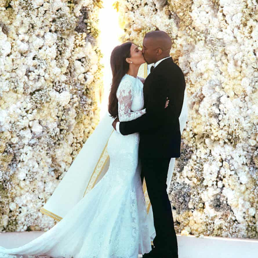 Kim Kardashian and Kanye West's first kiss as a married couple