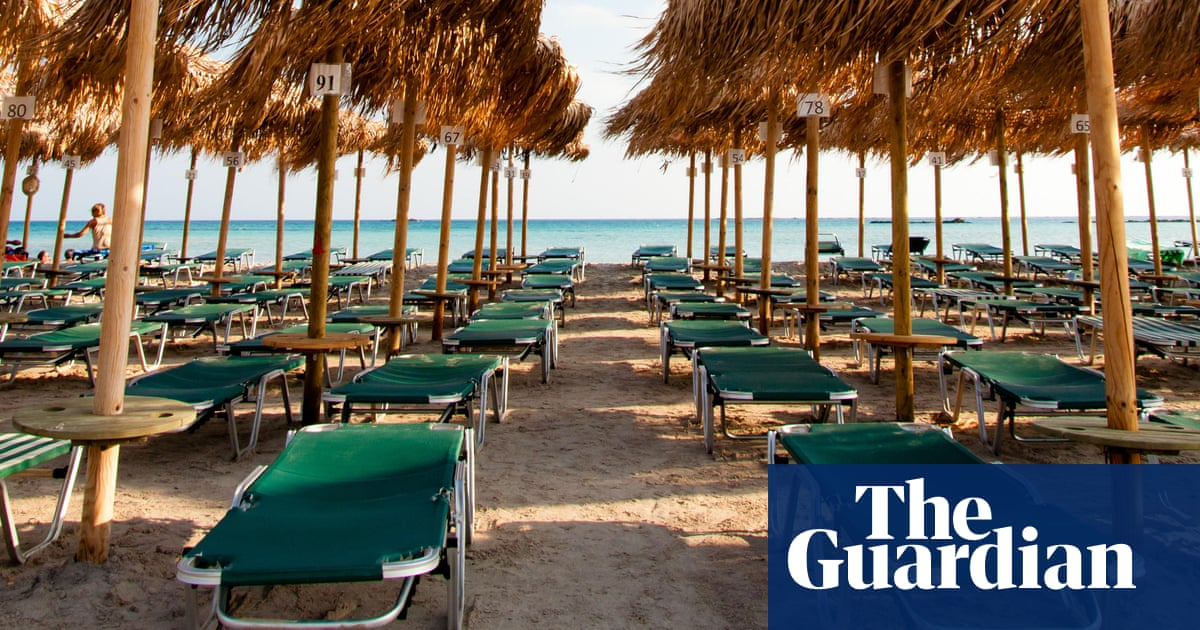 Travel industry 'likely to offer UK holidaymakers free Covid tests'