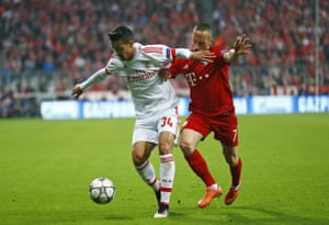 Benfica''s Andre Almeida, left, attempts to keep Bayern's Franck Ribery away from the ball.