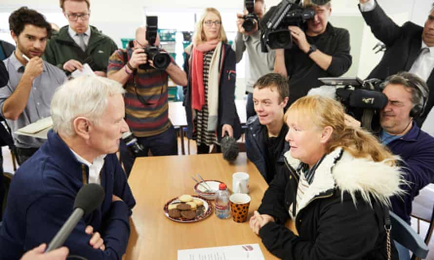 Philip Alston visits a Newcastle food bank.