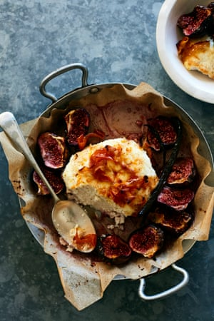 Honey ricotta with baked figs