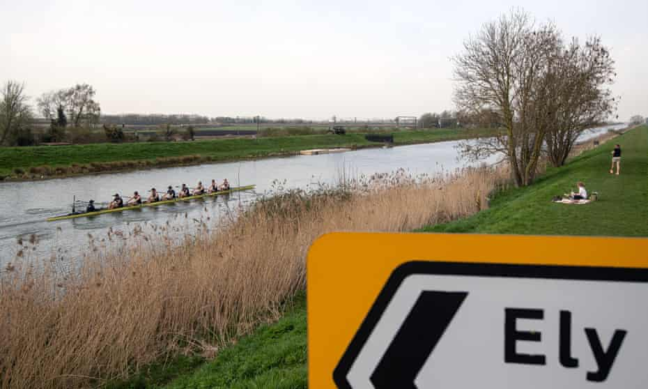 The Oxford men's crew train on the Great Ouse near Ely for the 2021 Boat Race