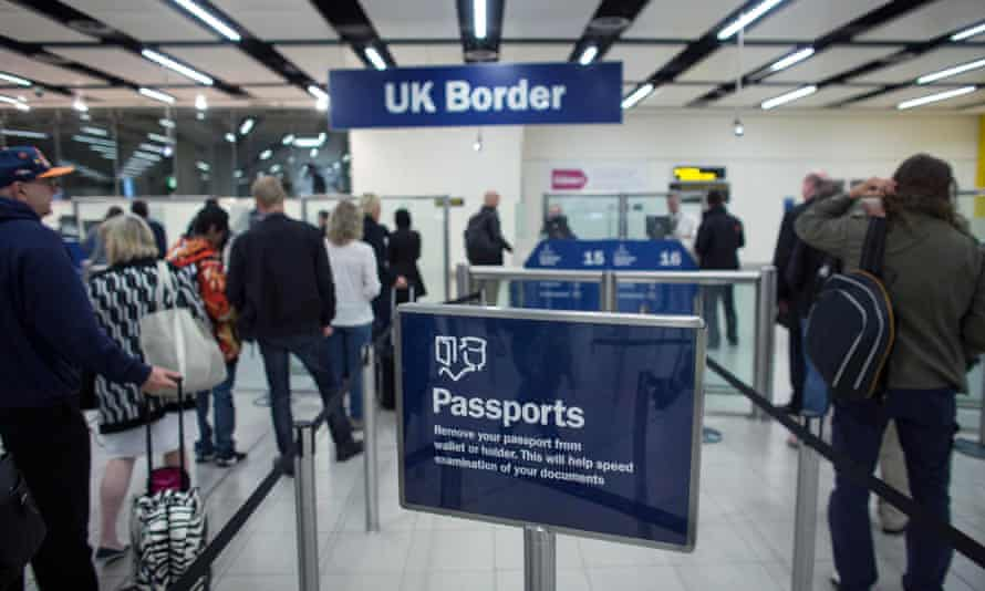 The Migration Observatory extrapolations estimate that London and the south-east's foreign-born populations each rose by 8% in 2014.